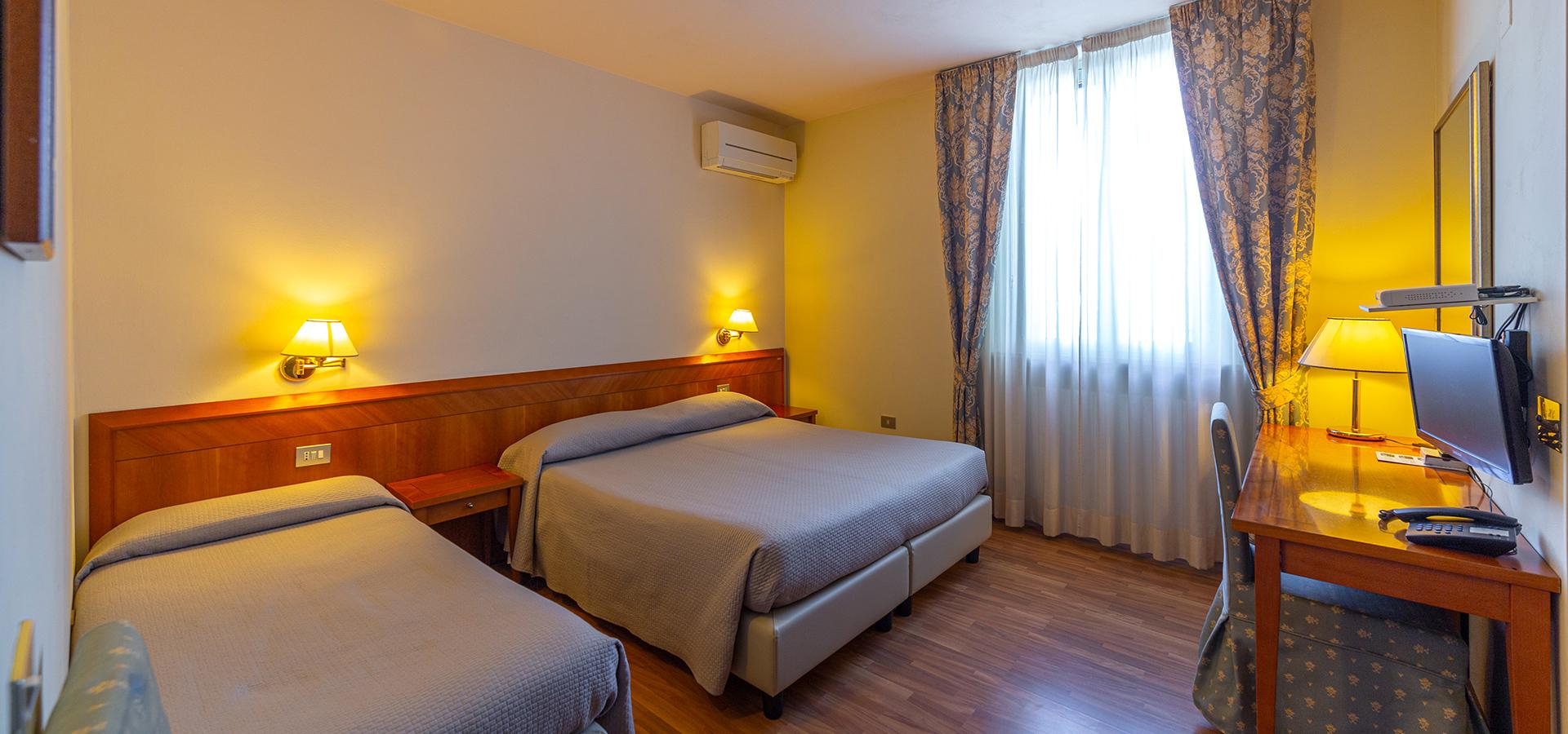 Hotel Cristallo slide 1