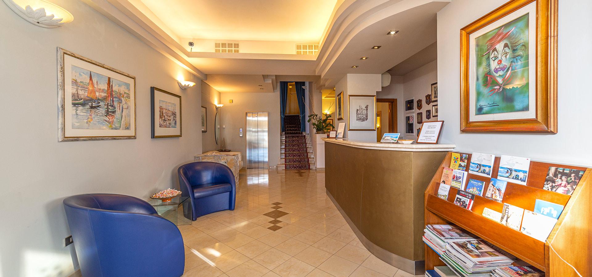 Hotel Cristallo slide 3